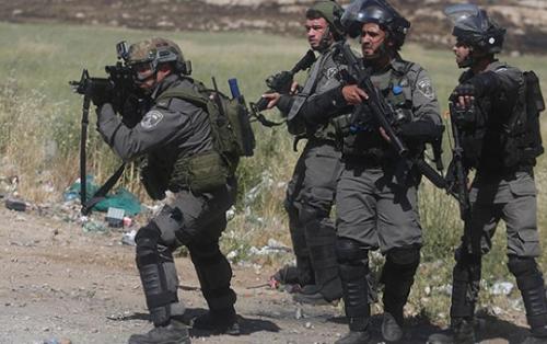 İsrail ordusu fələstinli jurnalisti yaraladı