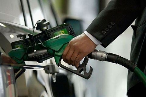 Госслужба обратилась к предпринимателям в связи с ценами на бензин А-92