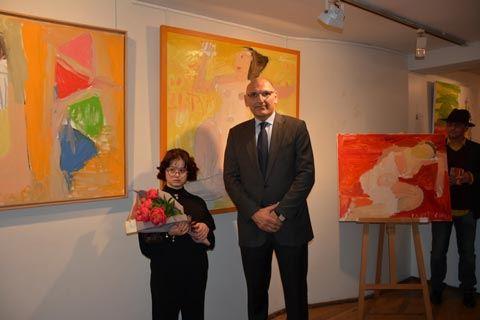 Картины Марьям Алекберли покорят крупнейшие музеи мира