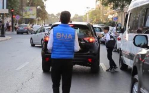 BNA sürücüləri diqqətli və ehtiyatlı olmağa çağırıb