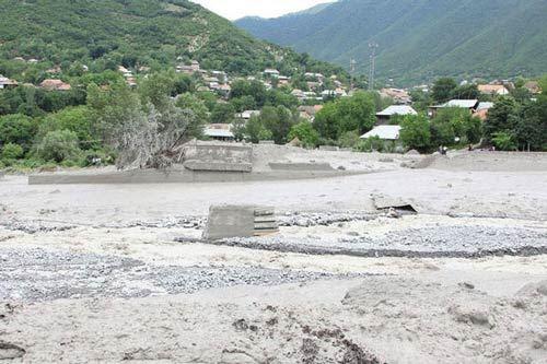 Bir sıra çaylarda sel yaranıb, Kəpəz dağına qar yağıb - FAKTİKİ HAVA