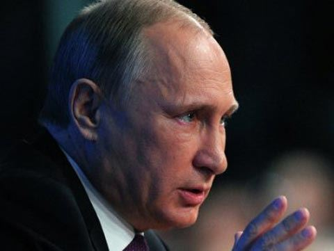 Putin orders to move to mass COVID-19 vaccination for Russians starting next week