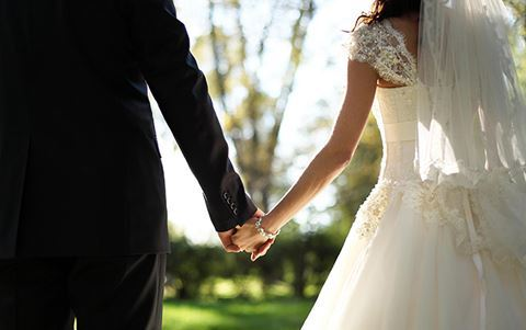 Bakıda bu gün evlənən cütlük nikah şəhadətnaməsini itirdi – FOTO