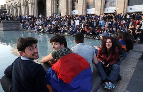 Население Армении продолжает сокращаться