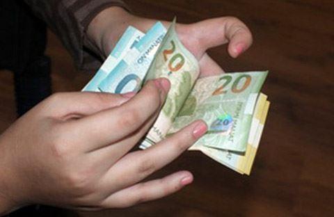 В Баку выросла среднемесячная заработная плата работников