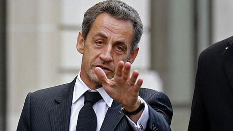 Fransanın sabiq prezidenti həbs edildi