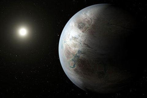 NASA-dan tarixi kəşf - Ayın Günəş altında olan səthində su tapıldı