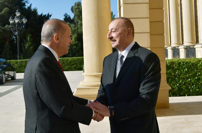 Azərbaycan və Türkiyə prezidentləri telefonla danışıb