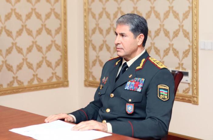 Vilayət Eyvazov özünü yandıran polisi işdən çıxardı