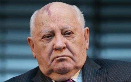 Qorbaçov SSRİ-nin yenidən qurulması barədə danışdı