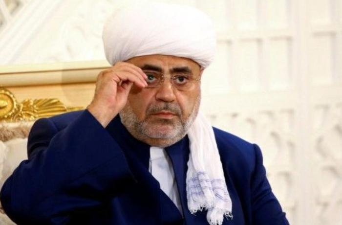 Аллахшукюр Пашазаде находится с визитом в Чечне