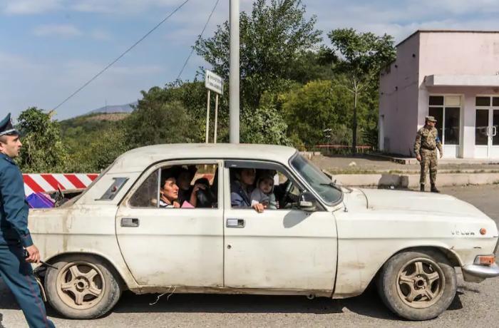 Для бегущих из Карабаха армян ввели запрет