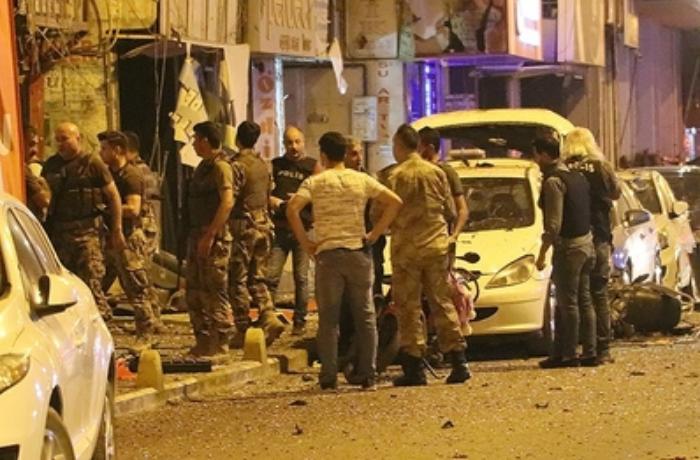 Türkiyədə antiterror əməliyyatı zamanı partlayış baş verib - VİDEO