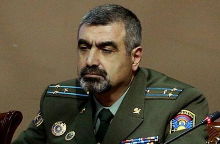 Ermənistanda sərhəd qoşunları komandanı işdən çıxarıldı
