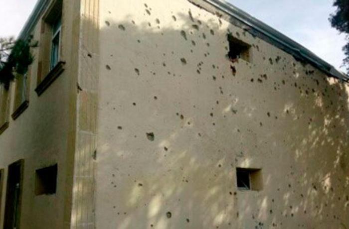 Ermənistan Ağdamda məktəb binasını atəşə tutub - FOTOLAR