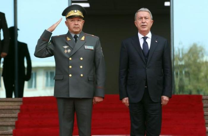 Türkiyə və Özbəkistan arasında hərbi əməkdaşlıq barədə razılıq əldə edildi