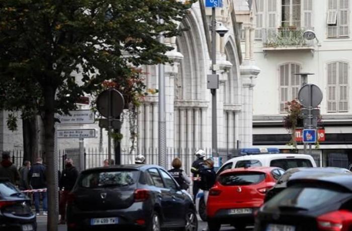 Fransada bıçaqlı hücum – 3 nəfər öldü, çox sayda yaralı var