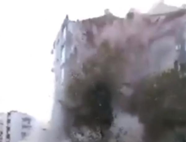 İzmirdə binanın çökmə anının GÖRÜNTÜLƏRİ