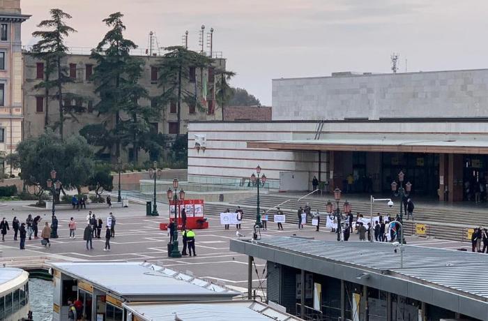Venesiyada erməni terroruna etiraz edilib - FOTOLAR