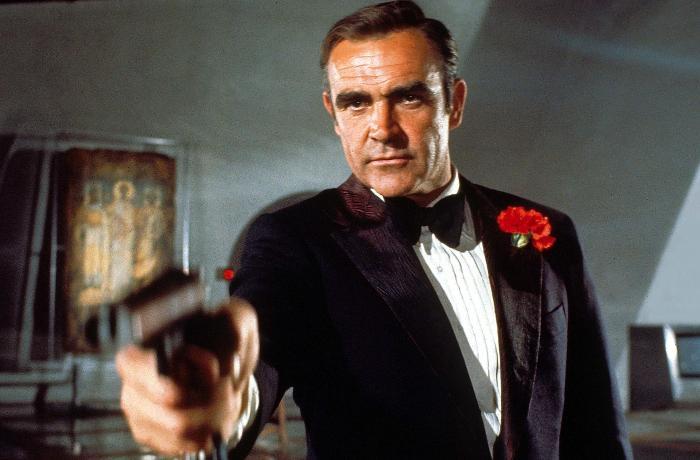 Ceyms Bond rolunun ifaçısı vəfat etdi