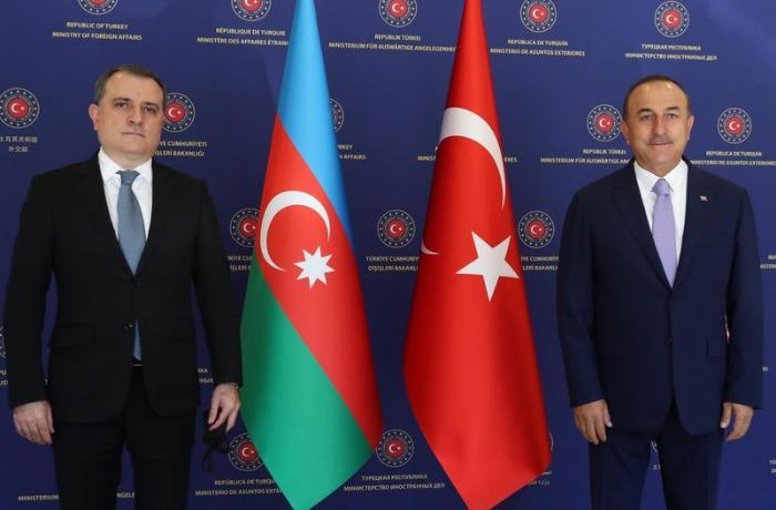 Bayramov və Çavuşoğlu Türkiyə gəmisinə hücumu müzakirə ediblər