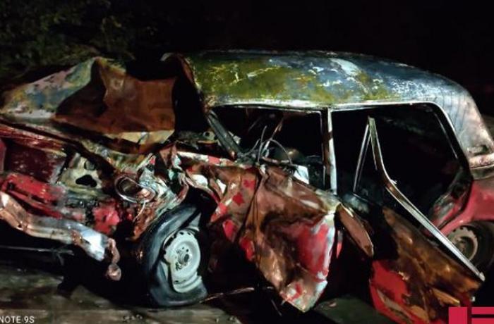 Bərdədə ağır yol qəzasında 2 nəfər ölüb, 4 nəfər yaralanıb - FOTO