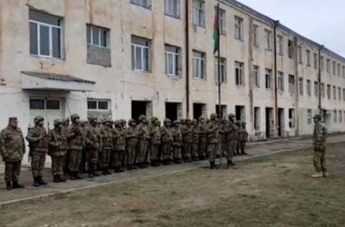 Ağdamın Gülablı kəndində Azərbaycan bayrağı qaldırıldı - VİDEO