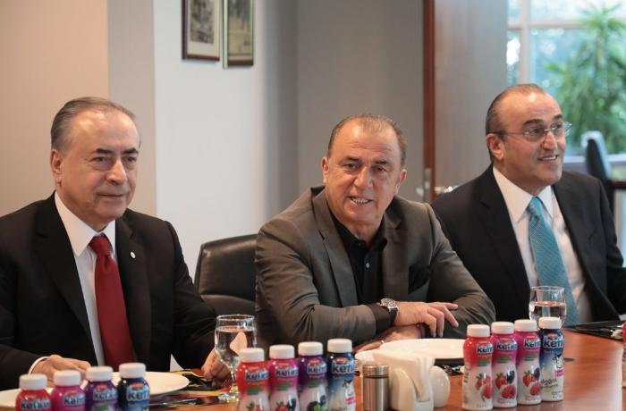 """""""Qalatasaray"""" klubunun rəsmiləri şəhidlərimizin məzarlarını ziyarət edəcəklər"""
