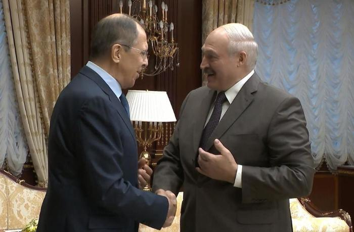 Lavrov Lukaşenko ilə görüşüb