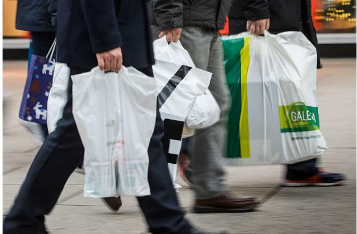 Polietilen torba və plastik məmulatlar satanlar minimum 1000 manat cərimələnəcək