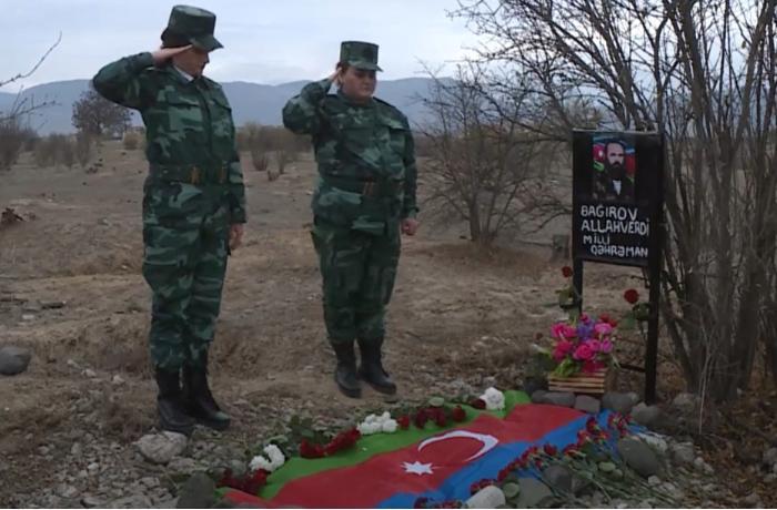 Qızları 27 il sonra Allahverdi Bağırovun məzarını ziyarət ediblər – VİDEO