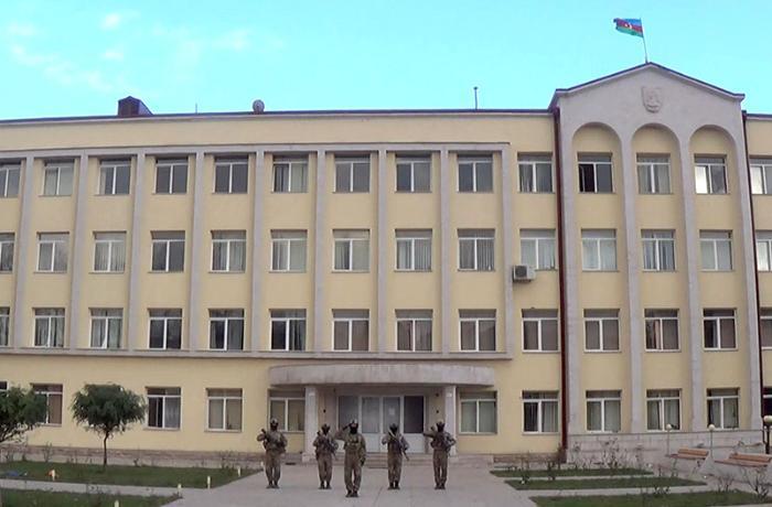 В Шуше подняли азербайджанский флаг - ВИДЕО