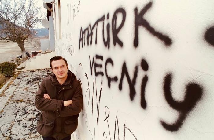 Kəlbəcərdə divara yazılan