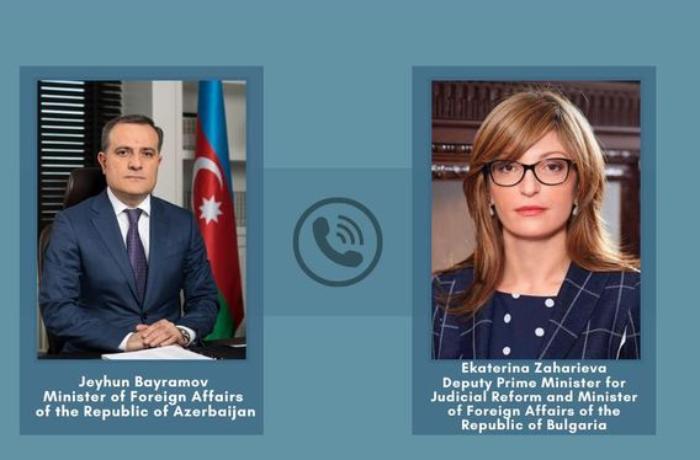 Ceyhun Bayramov Bolqarıstanın XİN başçısı ilə telefonla danışıb