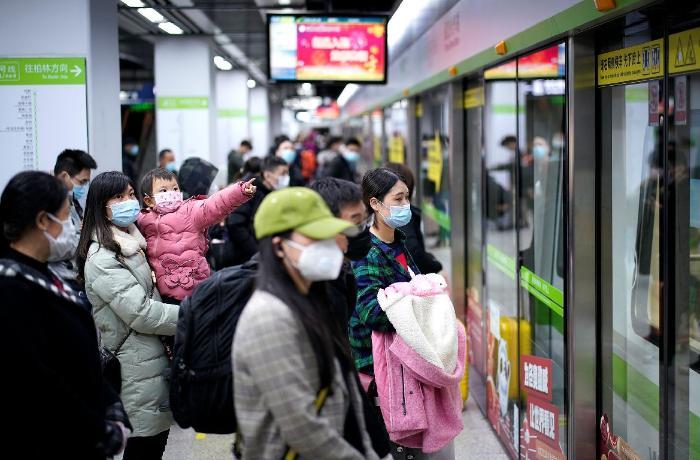 Çində yoluxmaların sayı artdı - yenidən kütləvi testlər başladı