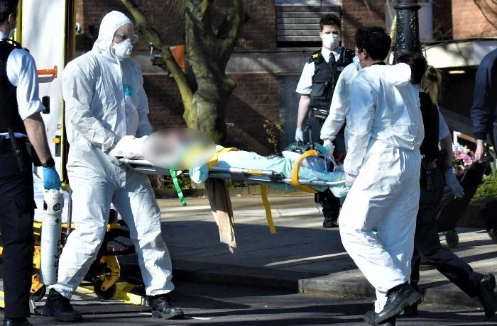 """Rusiya koronavirusun """"İngiltərə ştamı""""nın görüntülərini yaydı – FOTO"""