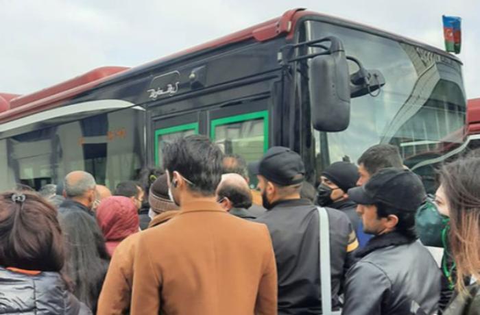 """Vaqif Əsədov: """"Avtobuslara normadan artıq sərnişin götürmək olmaz"""""""