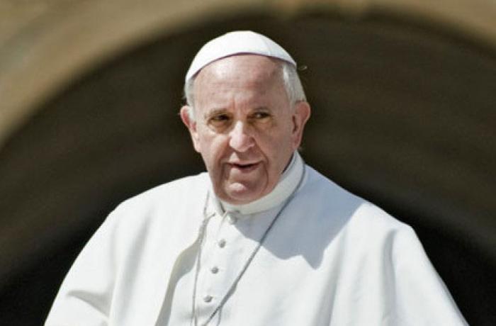 Roma papası ilk dəfə Uyğur türklərinə edilən zülmü gündəmə gətirdi
