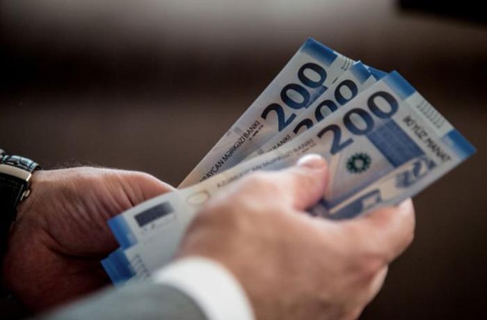 Azərbaycanda orta aylıq əmək haqqı 21 manat artıb – RƏSMİ