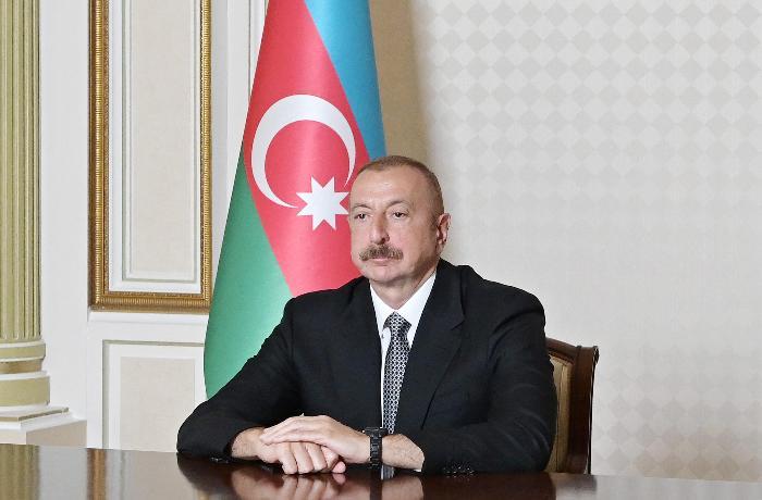"""""""Xalq hər saat gözləyir ki, nə vaxt bu xəbər çıxacaq?"""""""