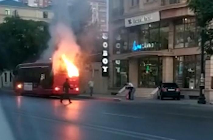 """BakuBus"" avtobusları niyə yanır? – VİDEO"