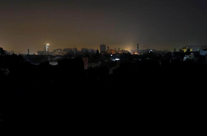 Pakistan'da 114 kasaba elektriksiz kaldı