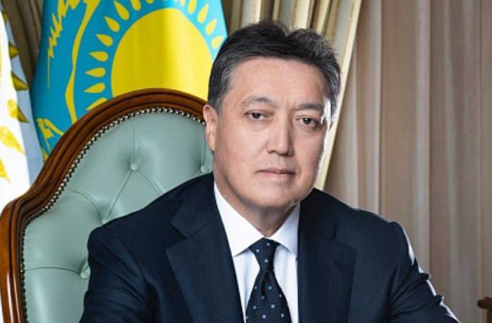 Tokayev Qazaxıstana yeni baş nazir təyin etdi