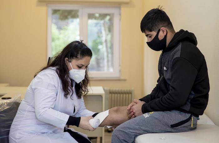 600-dən çox qaziyə reabilitasiya vasitəsi verilib - RƏSMİ
