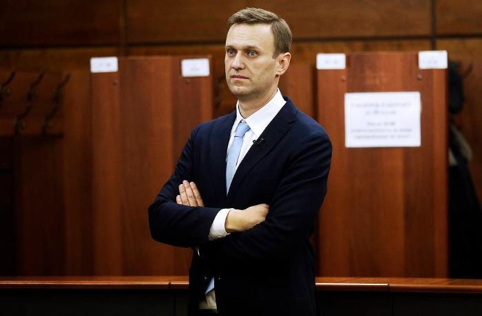 """Navalnı: """"Həbsxanada özümü pəncərədən asmağı, damarlarımı kəsməyi düşünmürəm"""""""