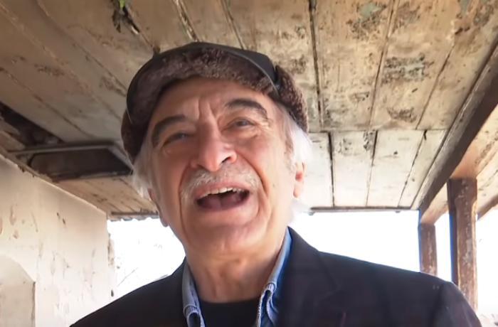 """Polad Bülbüloğlu Şuşadakı evlərində """"Gəl, ey səhər"""" oxudu - VİDEO"""