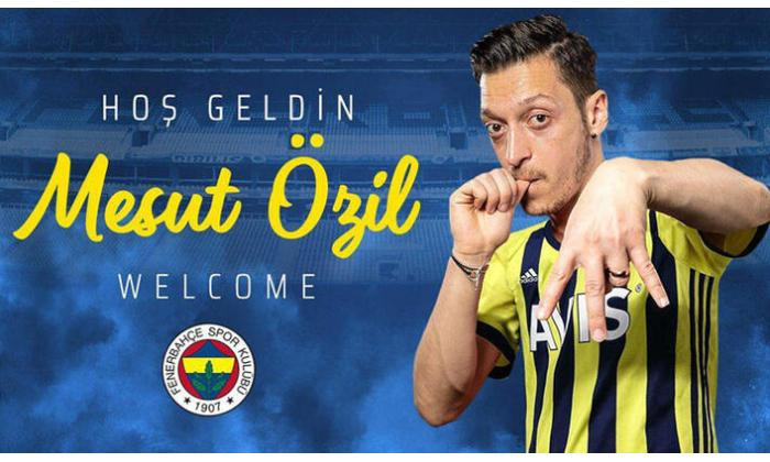 """Mesut Özil rəsmən """"Fənərbağça""""da"""