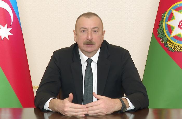 """""""Azərbaycanda internet azaddır, heç bir senzura, heç bir məhdudiyyət yoxdur"""" - İlham Əliyev"""