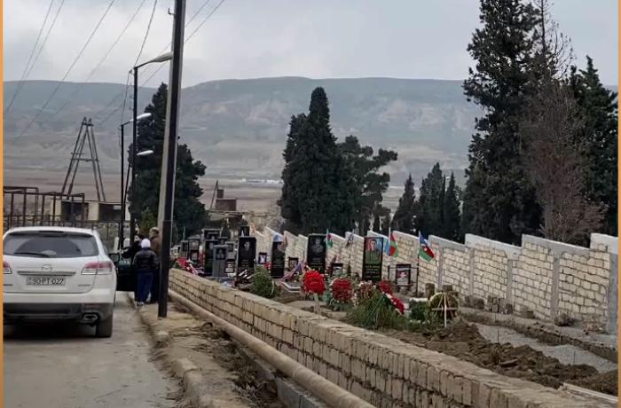 """Deputat: """"Etinasızlıq göstərən məmurları cəzalandırmaq lazımdır"""""""