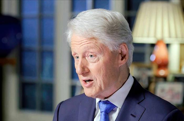 Bill Klinton xəstəxanaya yerləşdirildi